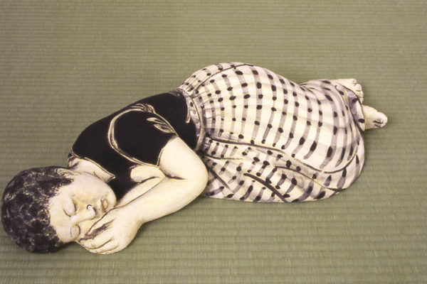 Akio_Takamori_Sleeping_Woman_in_Checked_Skirt_2003_442_88